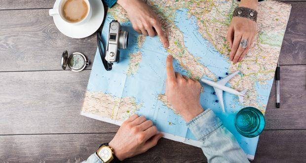 Travailler bien loin ou tout près ?  Dans le secteur du tourisme, les deux sont possibles !